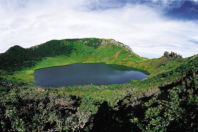済州島_ハルラ山 ©済州観光協会