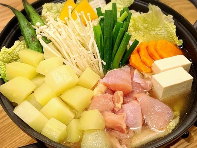 あっさりとした味で栄養豊富な青パパイヤを使った新しい鍋料理