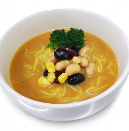お豆の缶詰とブロッコリー