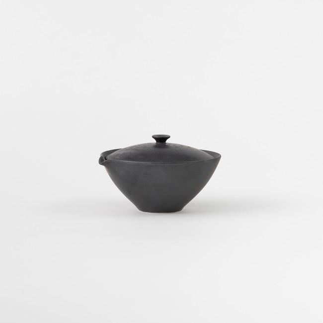 S 宝瓶/玄釉 (佐賀県有田・李荘窯) 3,800 円