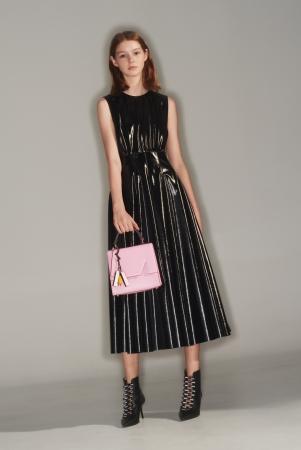 ブラックエコレザードレス *GINZA SIX限定¥90.000(税抜)