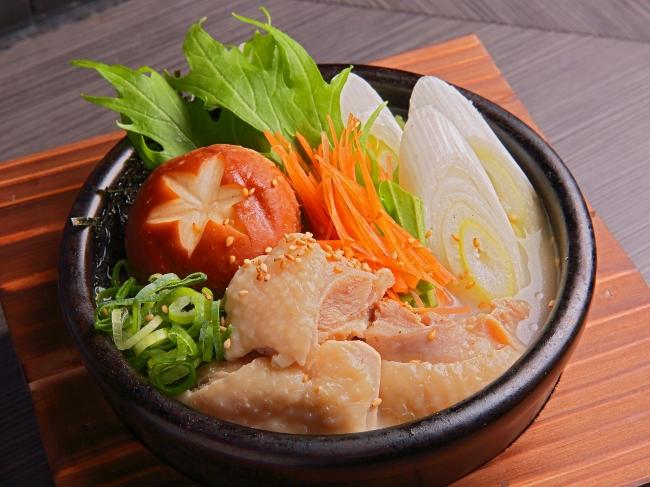 鶏白湯スープの水炊き茶漬け