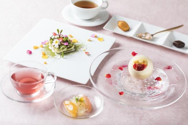 華やかなデザート4品をコーススタイルで「スプリングデザートコース」イメージ