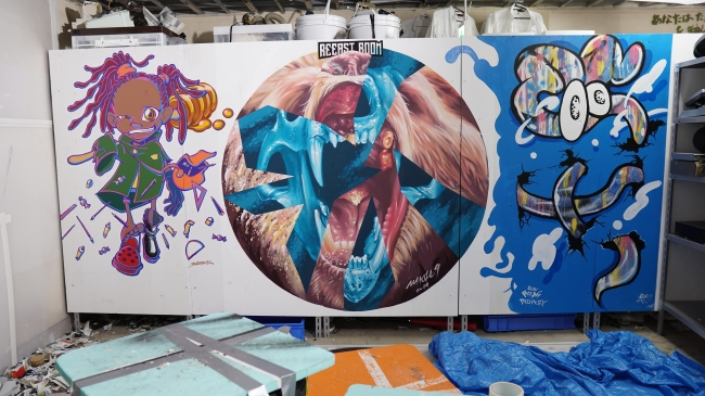 アーティストが描いたペイント(左から、沖冲. 、WHOLE9、COIN PARKING DELIVERY)
