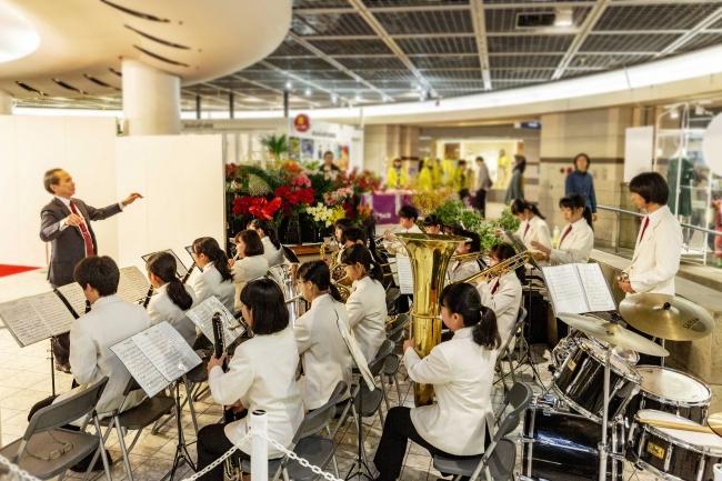 広島市立基町高校器楽部による記念演奏