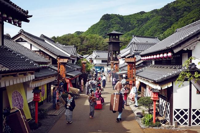 江戸時代の町並みが広がる施設内