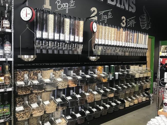 LAのオーガニック専門店量り売りコーナー