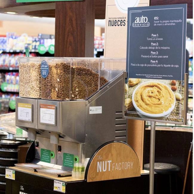 米国オーガニックスーパーのナッツバターコーナー