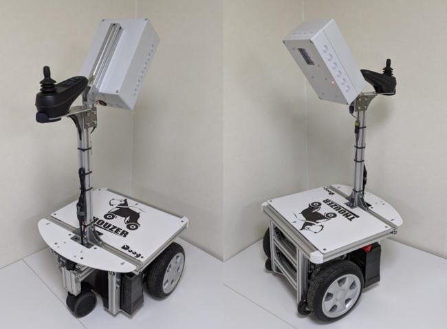 サウザーミニ(仮称) 自動巡回除菌ソリューションを想定した試作機