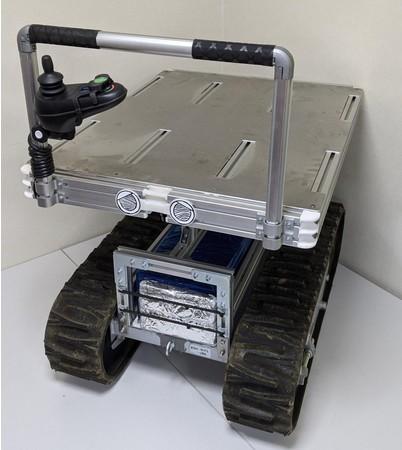 農業向けのクローラー型ロボット「メカロン」