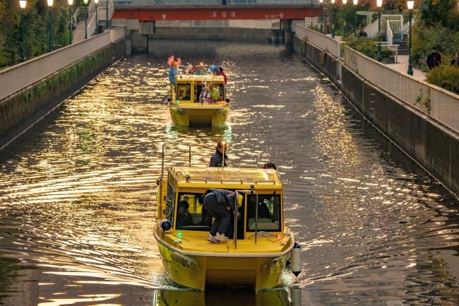 いつもと違う東京を貸し切り水上タクシーで探検