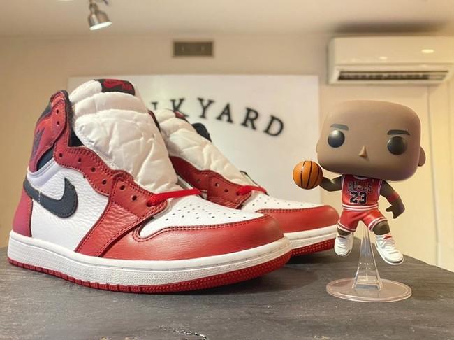 Air Jordan 1 のトゥボックスを白く塗りシカゴ風にしたペイント