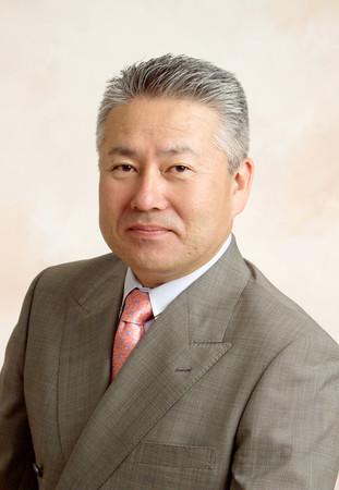 公益財団法人アイメイト協会 代表理事 塩屋隆男