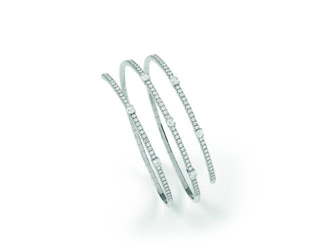 ブレスレット ¥1,200,000(税抜)ホワイトゴールド、ダイヤモンド