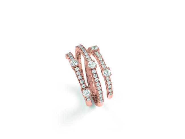 リング ¥479,000 ピンクゴールド、ダイヤモンド
