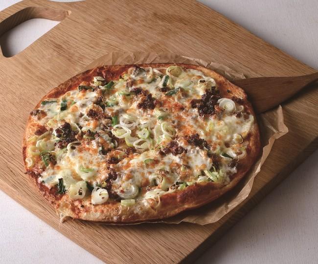 ピザ:ねぎとひき肉デラックス