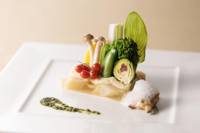 [前菜] 帆立貝と長芋のテリーヌサラダ仕立て 浅蜊のムースリーヌ