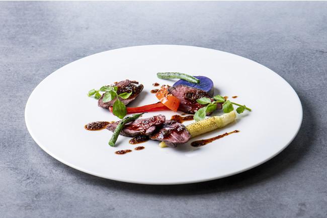バベットステーキ グリル野菜とオニオンマスタードソース