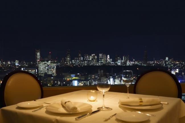 窓側からの夜景