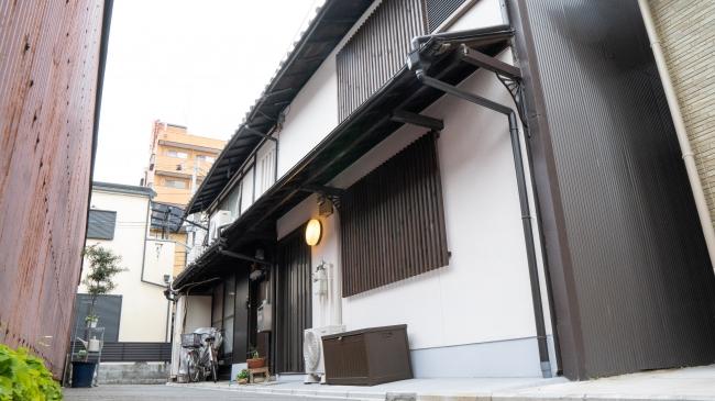 Kamon Inn Karahashi_外観