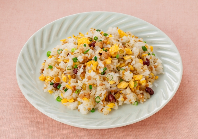 大豆ミートミックスとたまごの炒飯