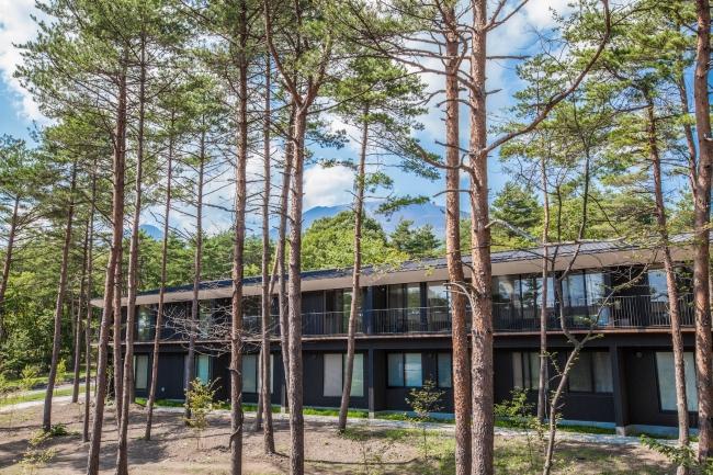 軽井沢の緑豊かなキャンパスのUWC ISAK Japan