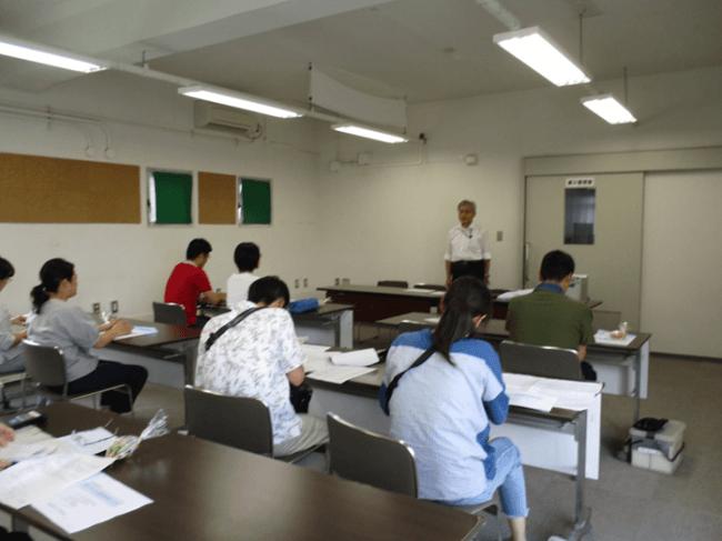 検針員へのTSリークチェッカー操作説明会の様子(2018年)