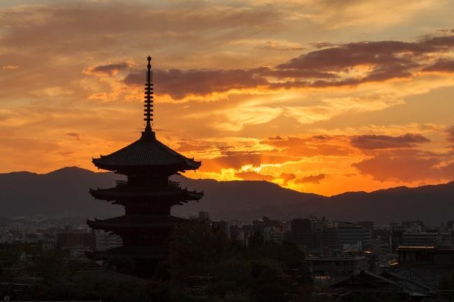 「山荘 京大和」送陽亭から見える夕景イメージ