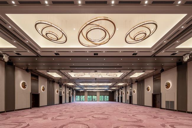 Main Banquet Hall 「ローズ」