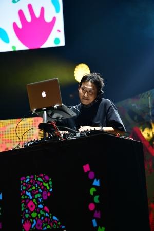 地元福島の人気DJ「DJ NANASHIMA」