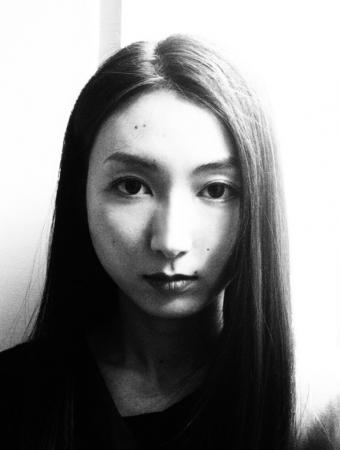 斎藤工氏撮影のポートレート