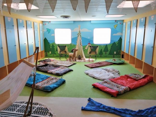 実際に宿泊ができる二等船室『寝るキャンルーム』