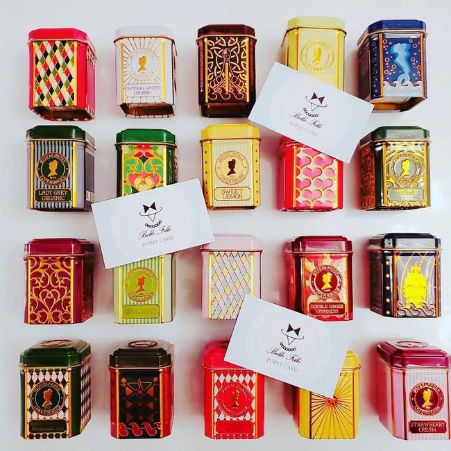 一つ一つ種類の違う缶のデザインは全24種