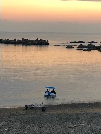 夕暮れの穏やかな海は最高です