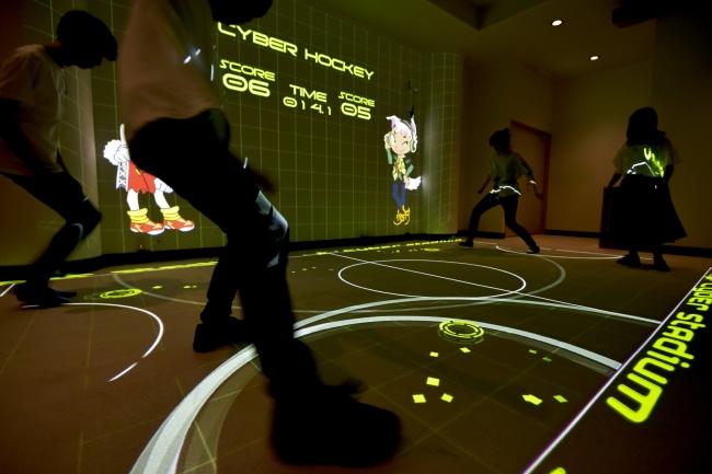 大人も子供も楽しめる新感覚アトラクション「サイバースタジアム」
