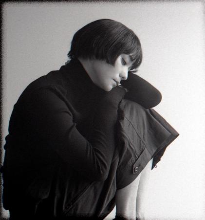 【竹下玲奈/モデル】 自分の世界観をファッション シュートで表現する連載を開始