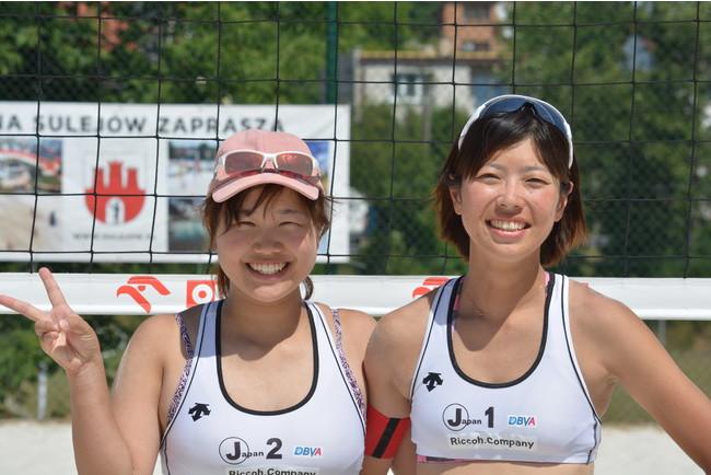 女子:優勝 畠奈々子(左)三浦早苗(右)