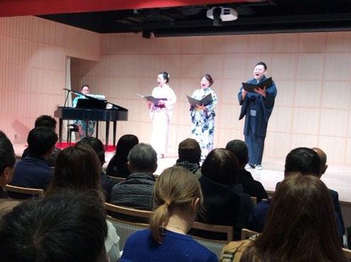 2019年1月神田明神文化交流館「EDOCCO」でのミニ・コンサートの様子