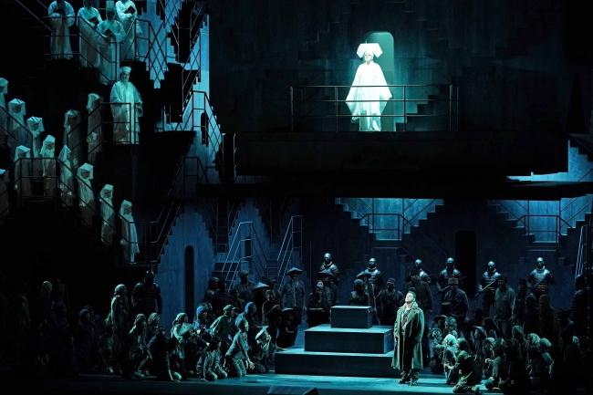 オペラ『トゥーランドット』写真:寺司正彦