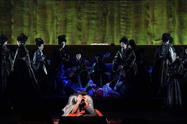 新国立劇場オペラ「紫苑物語」撮影:寺司正彦