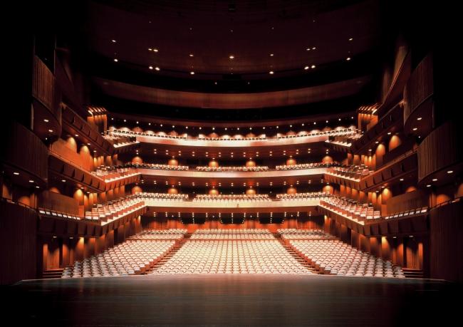 新国立劇場オペラパレス