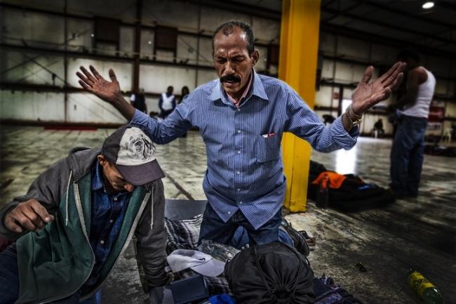 ヌエボ・ラレドでMSFの治療を受ける患者 (C) Juan Carlos Tomasi