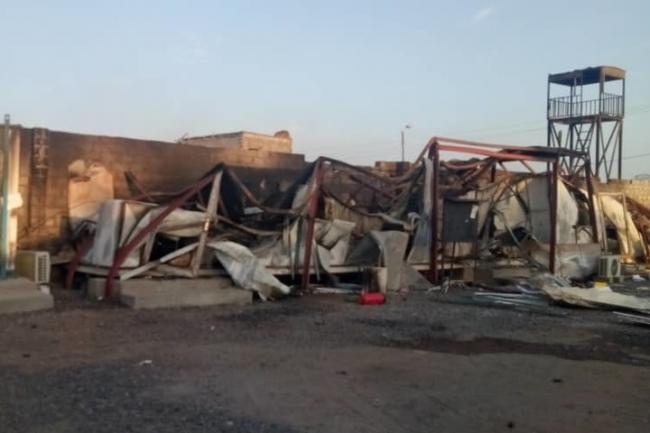 被害を受けたMSF病院敷地内の事務所 (C) MSF