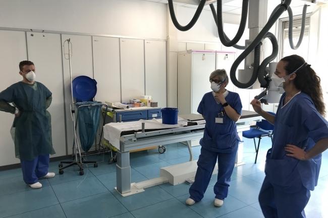 イタリアで最初の感染確定が出た病院の支援にあたるMSFスタッフ (C) Lisa Veran/MSF
