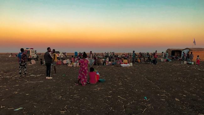 エチオピア北部ティグレ州での武力紛争から逃れ、隣国スーダンのアル・タニデバのキャンプに避難してきた難民=2021年1月10日撮影 (C) MSF/Ehab Zawati