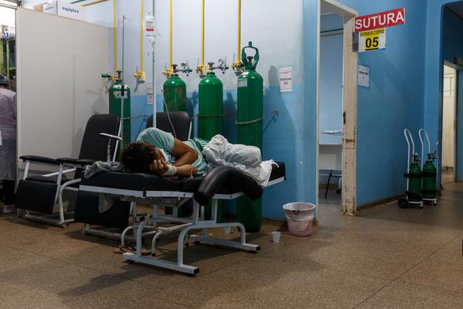 ブラジル・ロンドニア州でMSFが支援する新型コロナの救急病棟 (C) Diego Baravelli/MSF