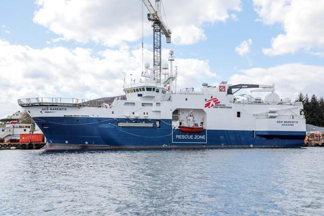 ノルウェー西部の港で出航を待つジオ・バレンツ号=2021年5月11日撮影 (C) MSF/Avra Fialas