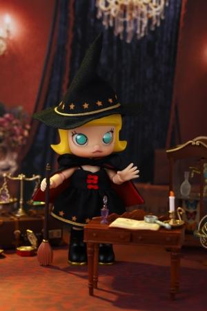 販売商品:MOLLY(モリー)小さな魔女 BJD(ボールジョイントドール)