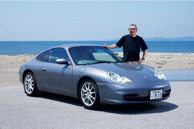 モータージャーナリスト渡辺敏史さんが去年の夏、230万円ほどで購入したという「2002年型ポルシェ911カレラ(996型)」