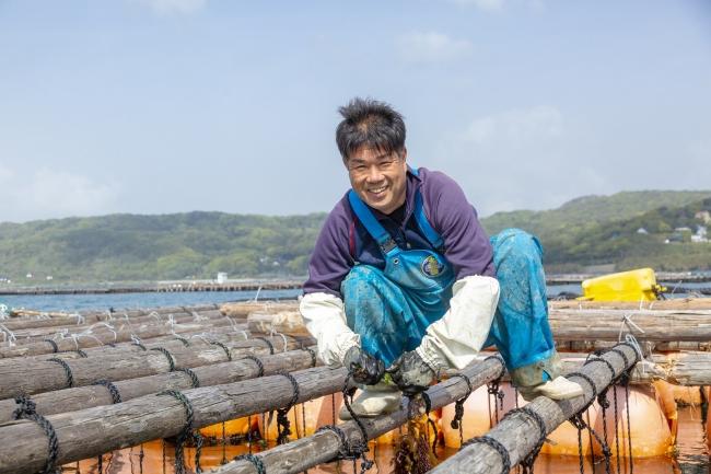 糸島市岐志漁港で牡蠣の養殖をする「牡蠣小屋大黒丸」中西圭一郎さん